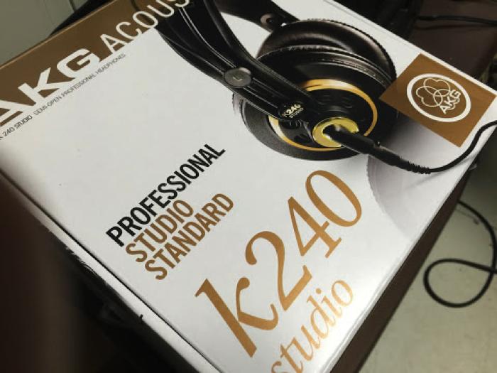 ヘッドフォンモニター AKG K 240 Studio